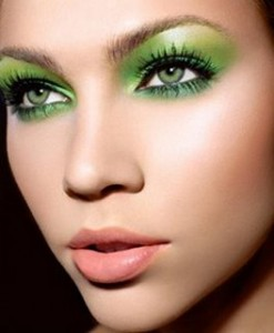 Wear Green Eye Shadow for St. Patrick's Day